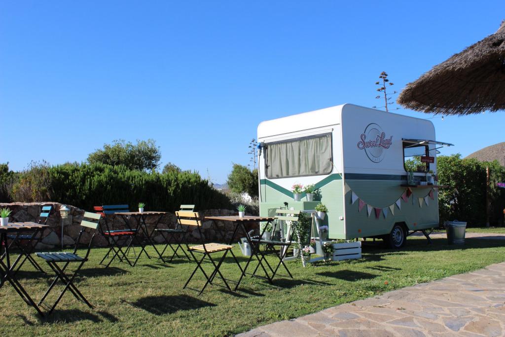 Foto en jardin de remolque Sweetland Cafe